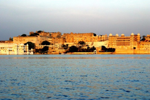 city-palace-from-lake.jpg